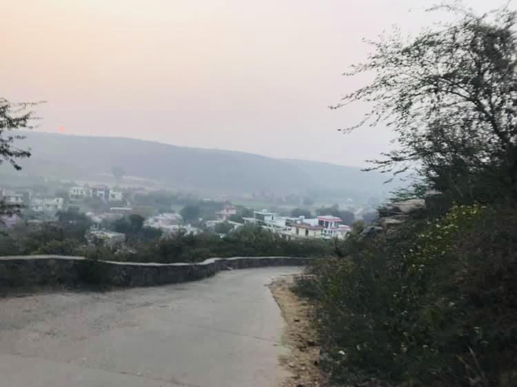 Familiar Roads (Poem)